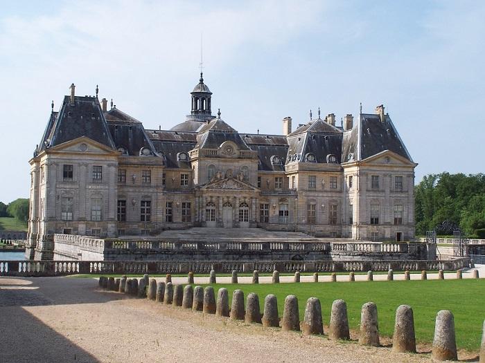 Версаль — великолепный дворец, в котором не было ни одного туалета (10 фото)