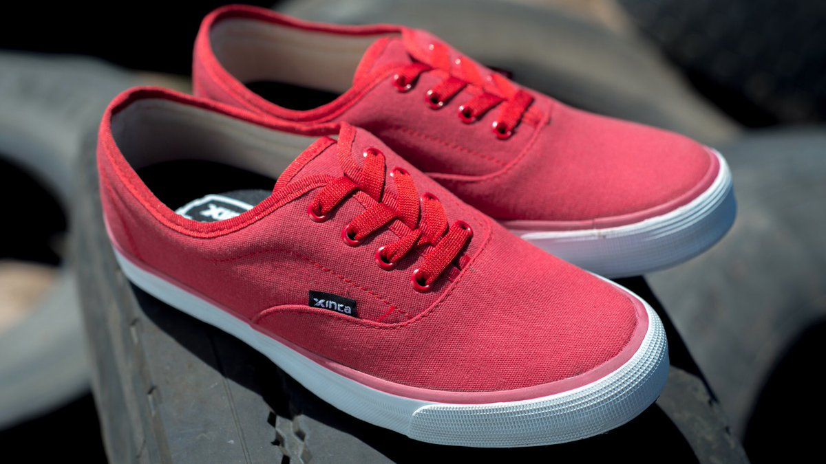 6. Компания в Аргентине производит обувь из переработанных шин и нанимает только женщин из сельской