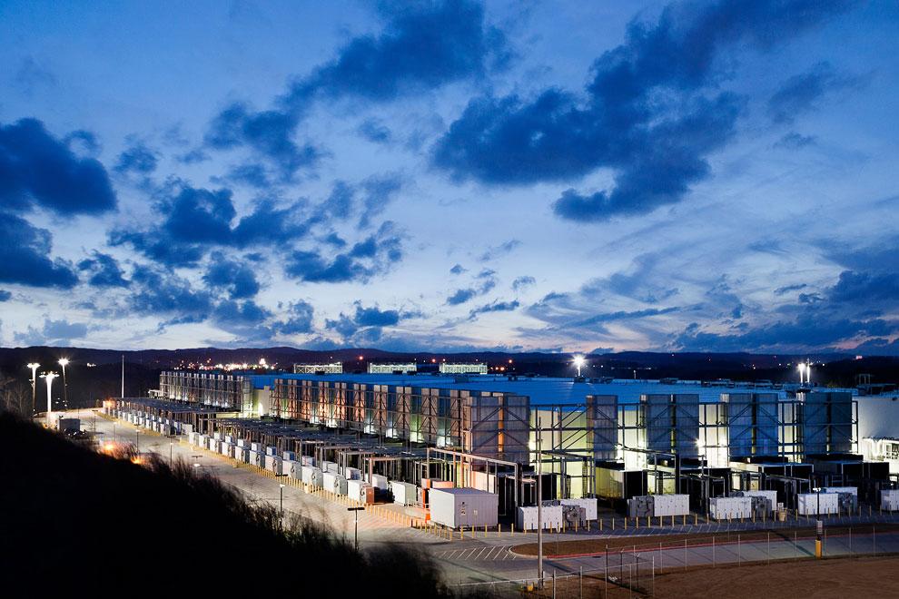 19. Один из 3-х европейских дата-центров.  Хамина, Финляндия :