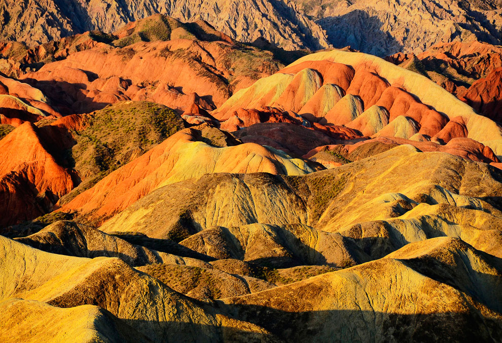 Кроме Китая такой вид ландшафта можно найти в западной части Северной Америки, Центральной Европе и