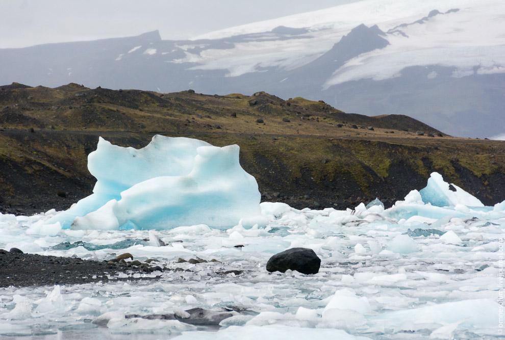 Исландия знаменитые места Первый айсберги льдины лагуна дрейф