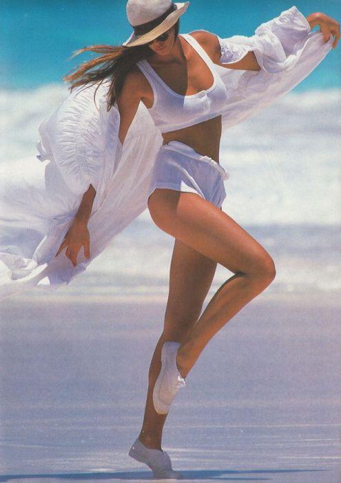 Фотографии очаровательных модниц из 1980-х
