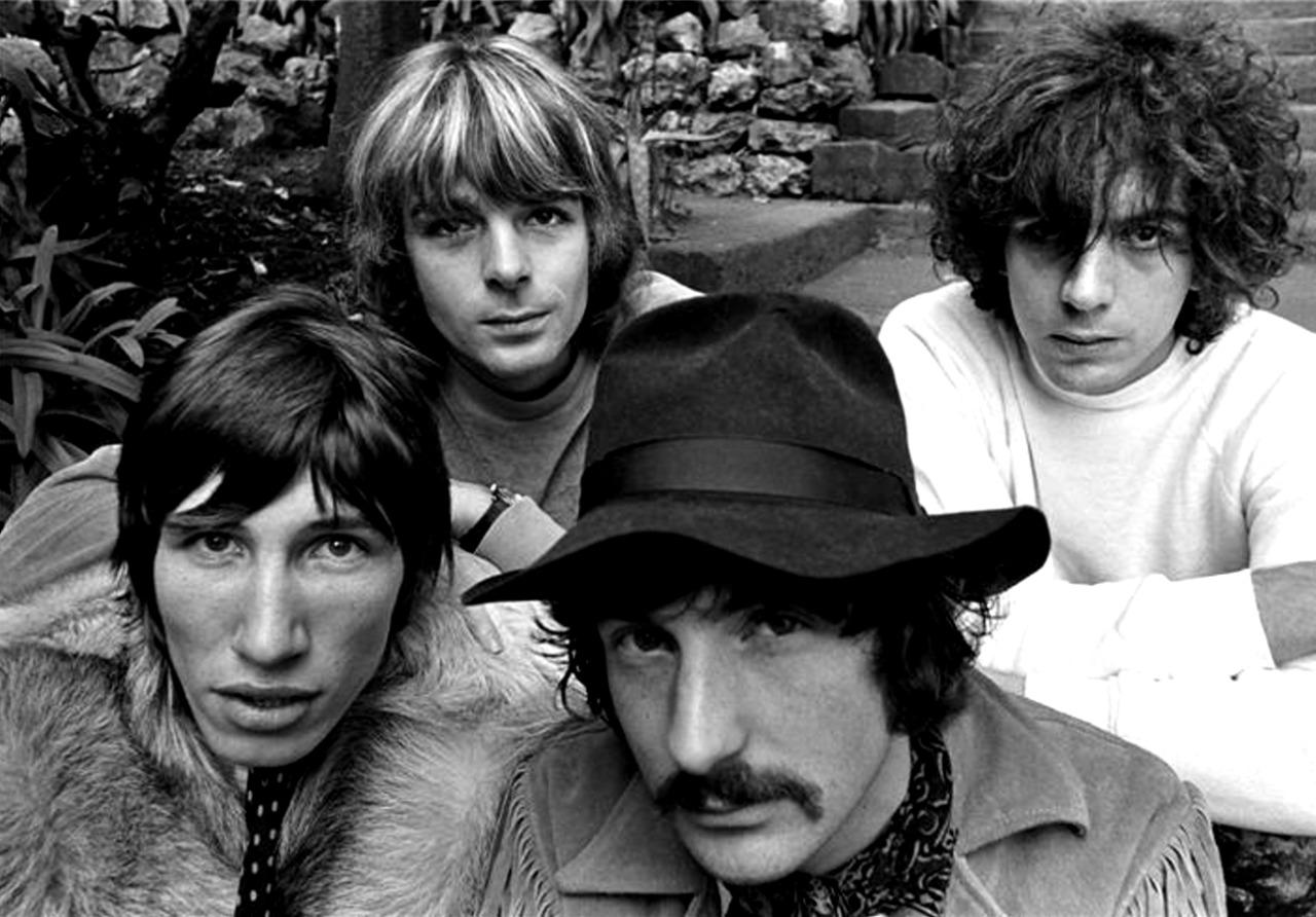 1967. «Pink Floyd»