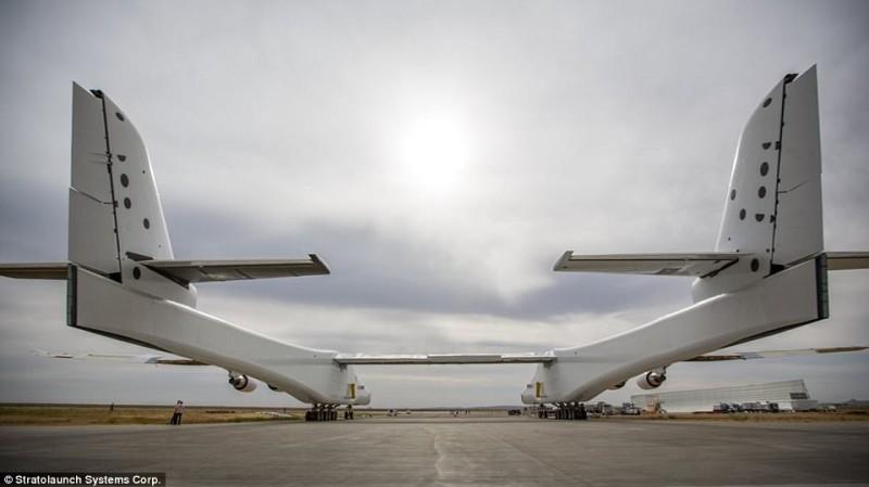 Первый полет Stratolaunch запланирован на 2019 год. У проекта Пола Аллена уже появился первый клиент