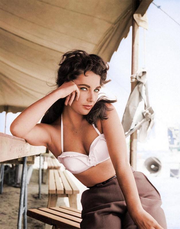 Элизабет Тейлор на съемках фильма «Гигант», 1952 год.