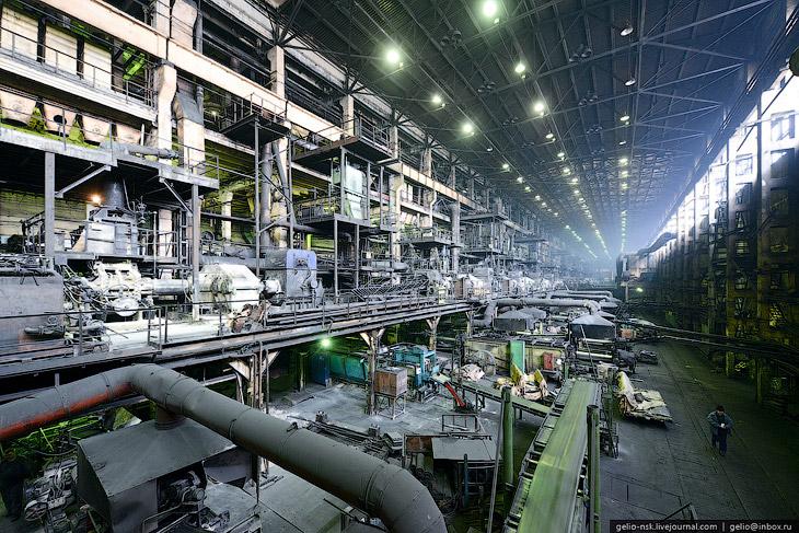 Предприятие занимает площадь 55 га (в том числе 40 га занимают производственные корпуса).