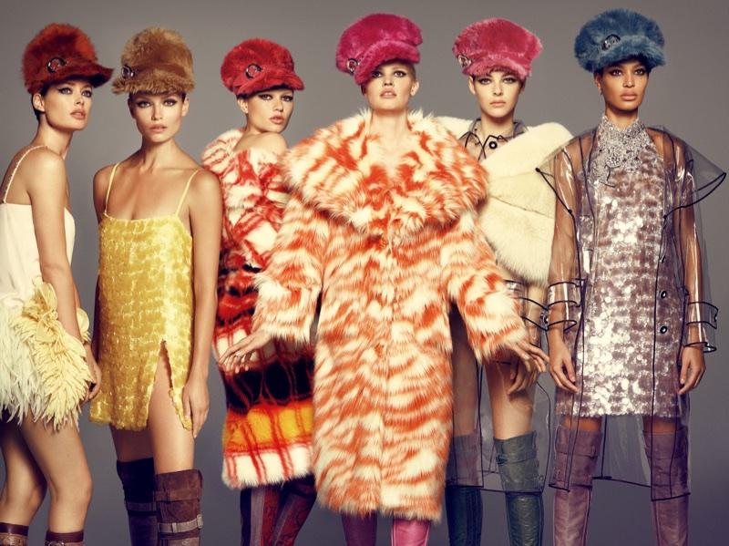 Модели в фотосессии для Vogue Japan