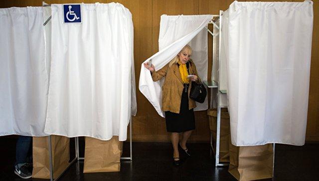 ВоФранции проходит 1-ый тур парламентских выборов