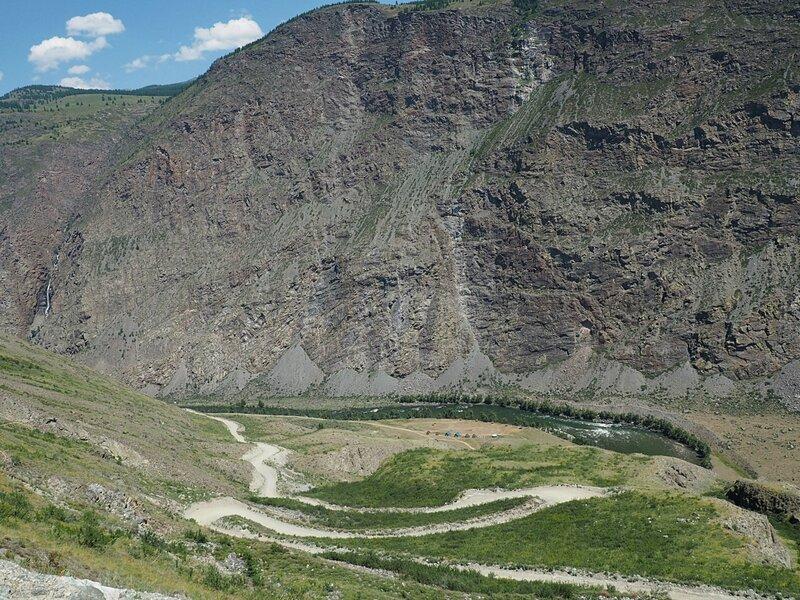 Вид с перевала Кату-Ярык (View from the pass Katu-Yaryk)