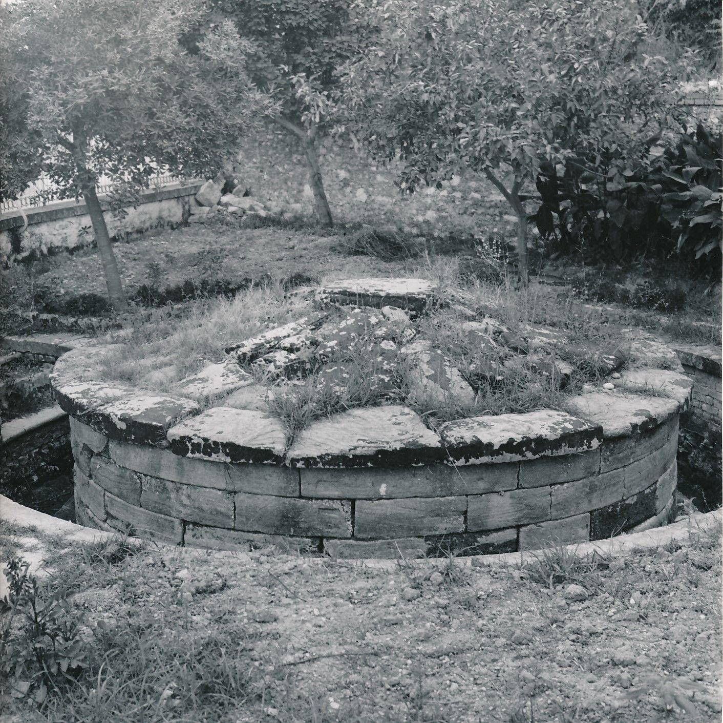 1960. Керкира. Гробница Менекрата, датируется VII-VI веком до нашей эры