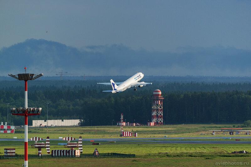 Airbus A320-233 (ER-00001) FlyOne 324_D801921