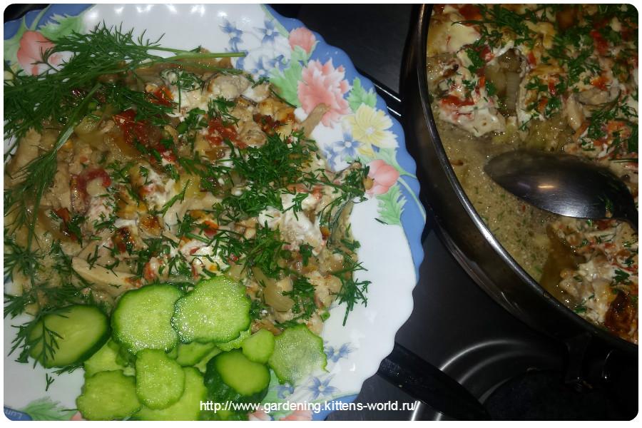 Куриное филе, запеченное с кабачками