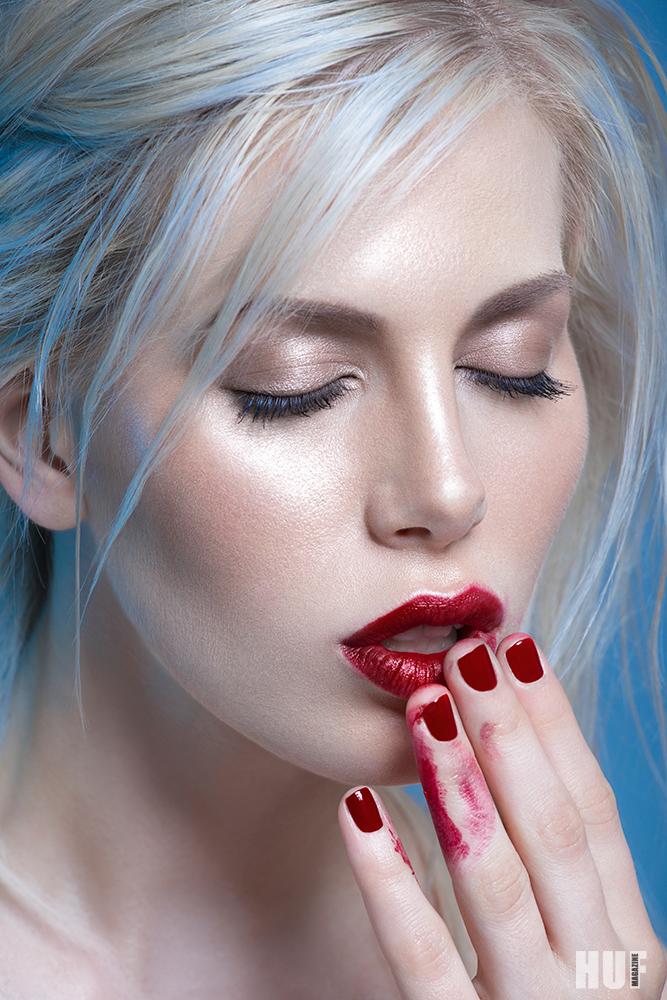 Red Level для HUF magazine / фото Judith Bender-Jura модель Alina Chlebecek