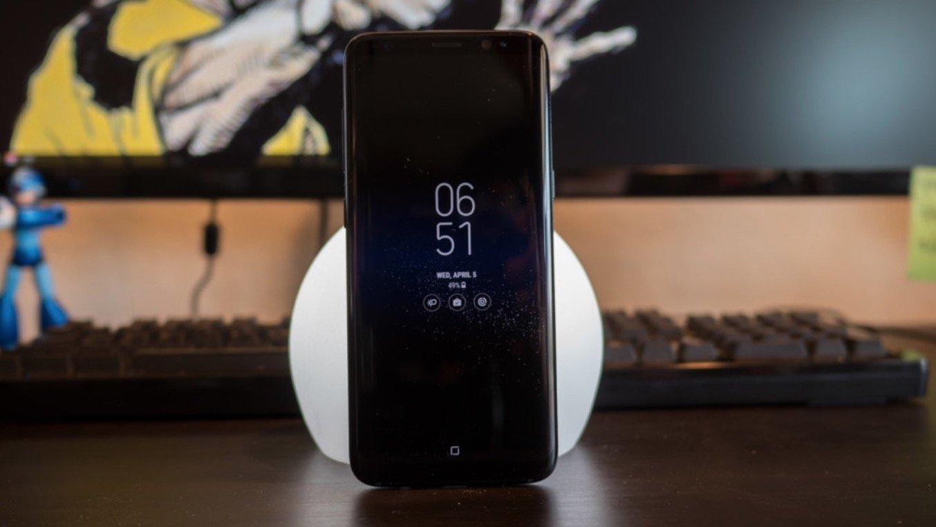 Юзеры сообщили осамостоятельной перезагрузке Самсунг Galaxy S8