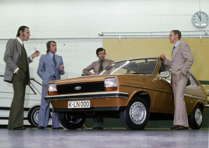 Уже в 1966 он получает приглашение работать в немецком подразделении компании Ford в рядовой должнос