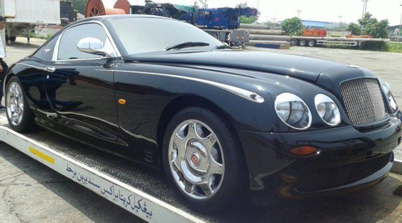 Автомобиль 1996 года – как вы понимаете, ни о каком Continental GT на тот момент Bentley даже не пом