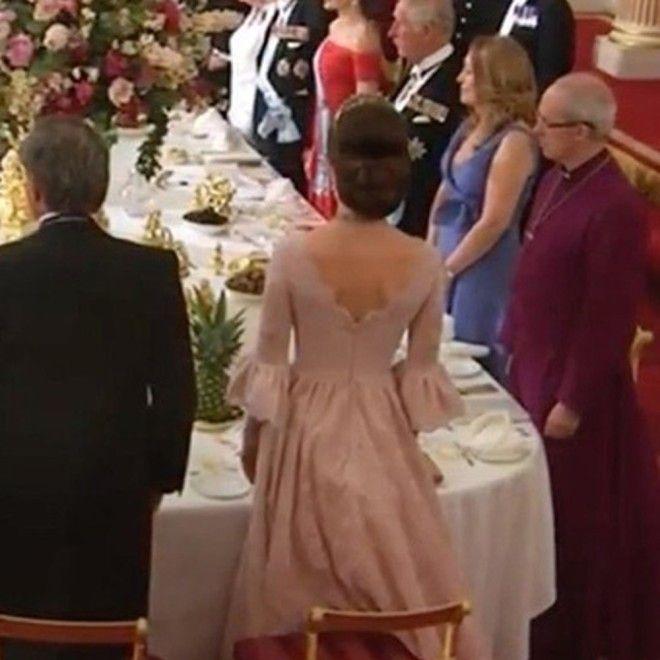 И тем не менее, привыкшая ко вниманию Герцогиня Кембриджская была явно смущена присутствием испанско