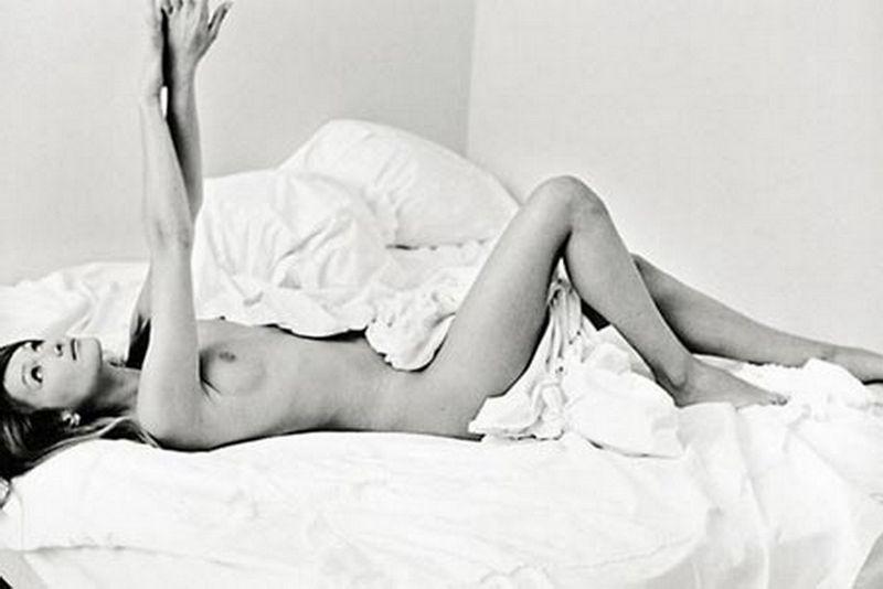 Nude photo of carla bruni #12