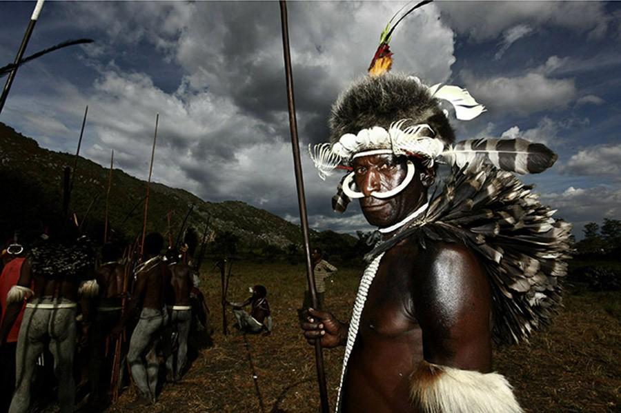8. Они живут в долине Балием — потрясающей части Западной Папуа — Новой Гвинеи, которая умудрилась с
