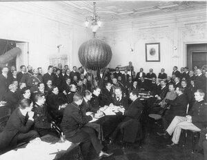 Заседание международного комитета воздухоплавания в помещении офицерской воздухоплавательной школы