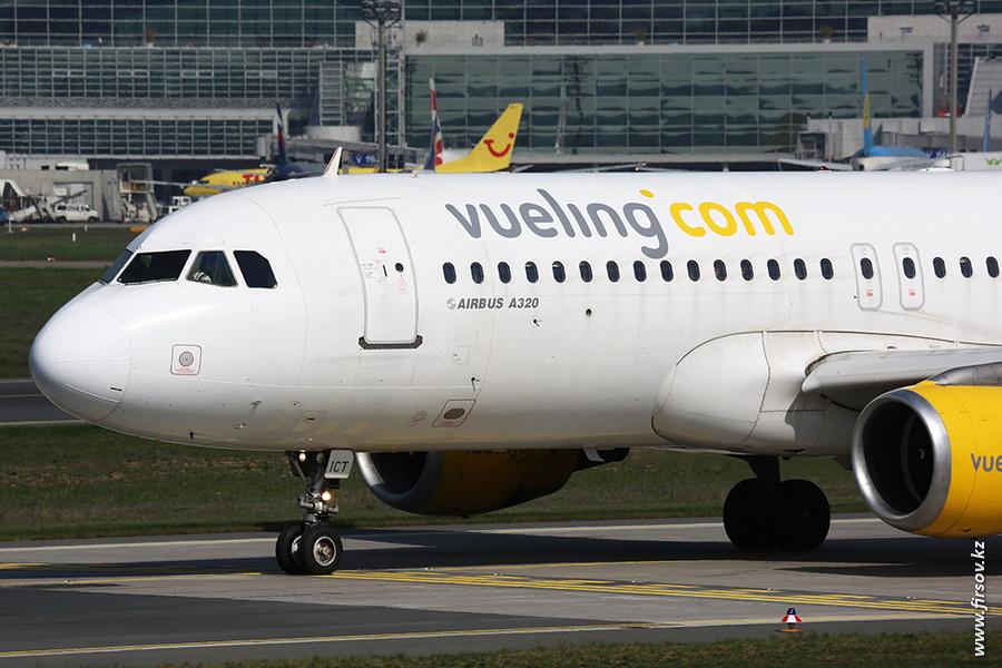 A-320_EC-ICT_Vueling_zpsc764b58a.JPG