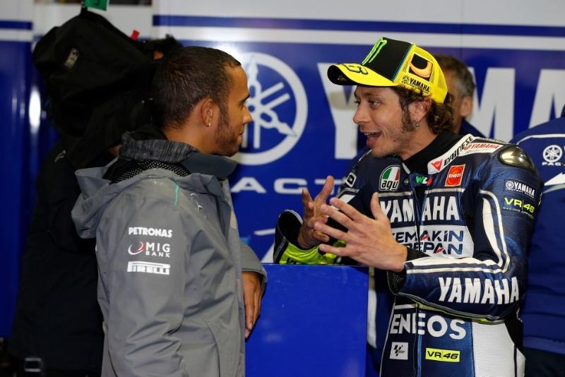 Льюис Хэмилтон: «MotoGP - очень крутая серия»