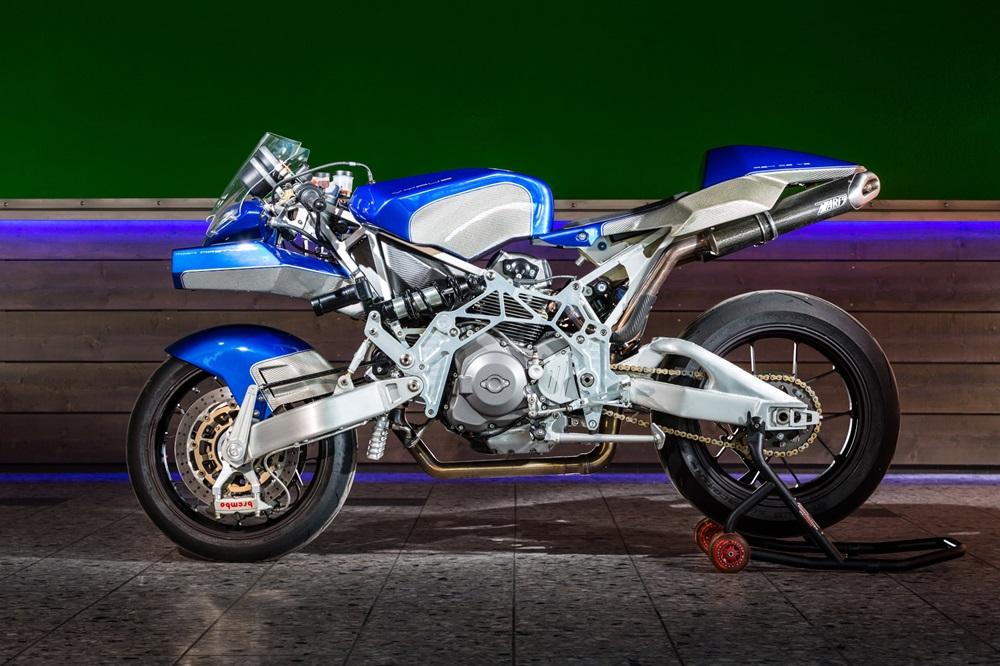 Nasty Bike: мотоциклы Vyrus 984 2V Saphir / Tricolore