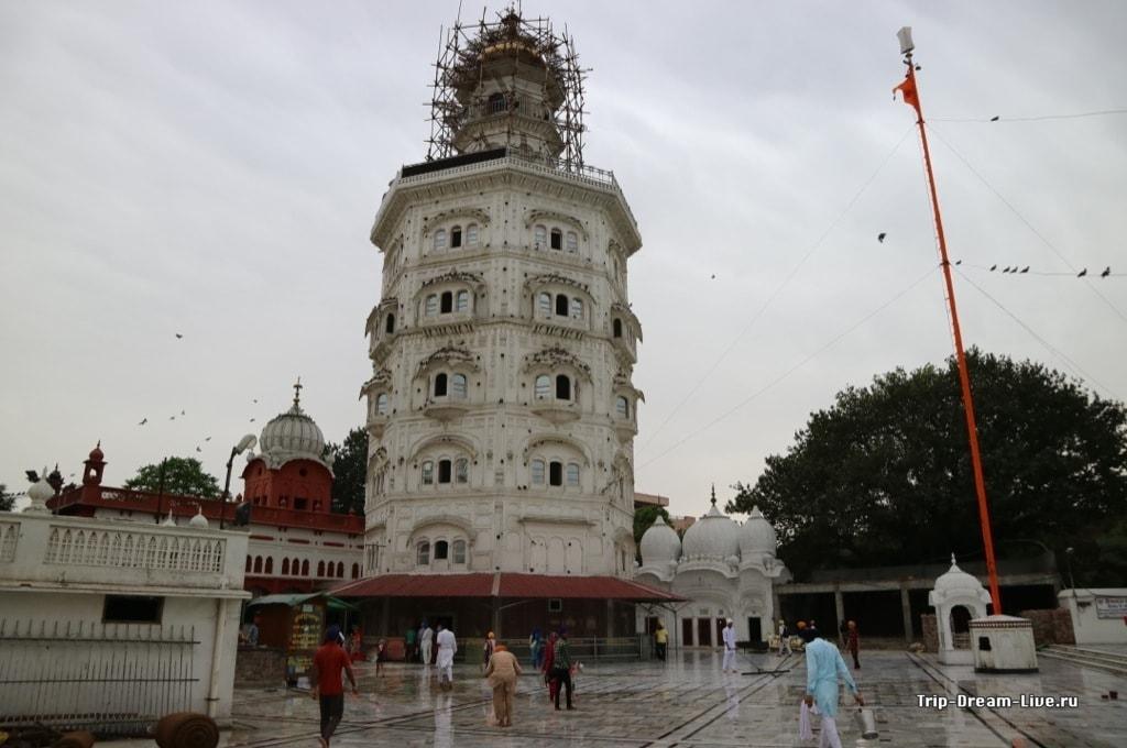 Башня Баба Атал (Baba Atal Tower)