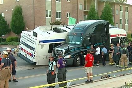 28 человек пострадали в результате аварии междугороднего автобуса в Польше, украинцев среди них нет