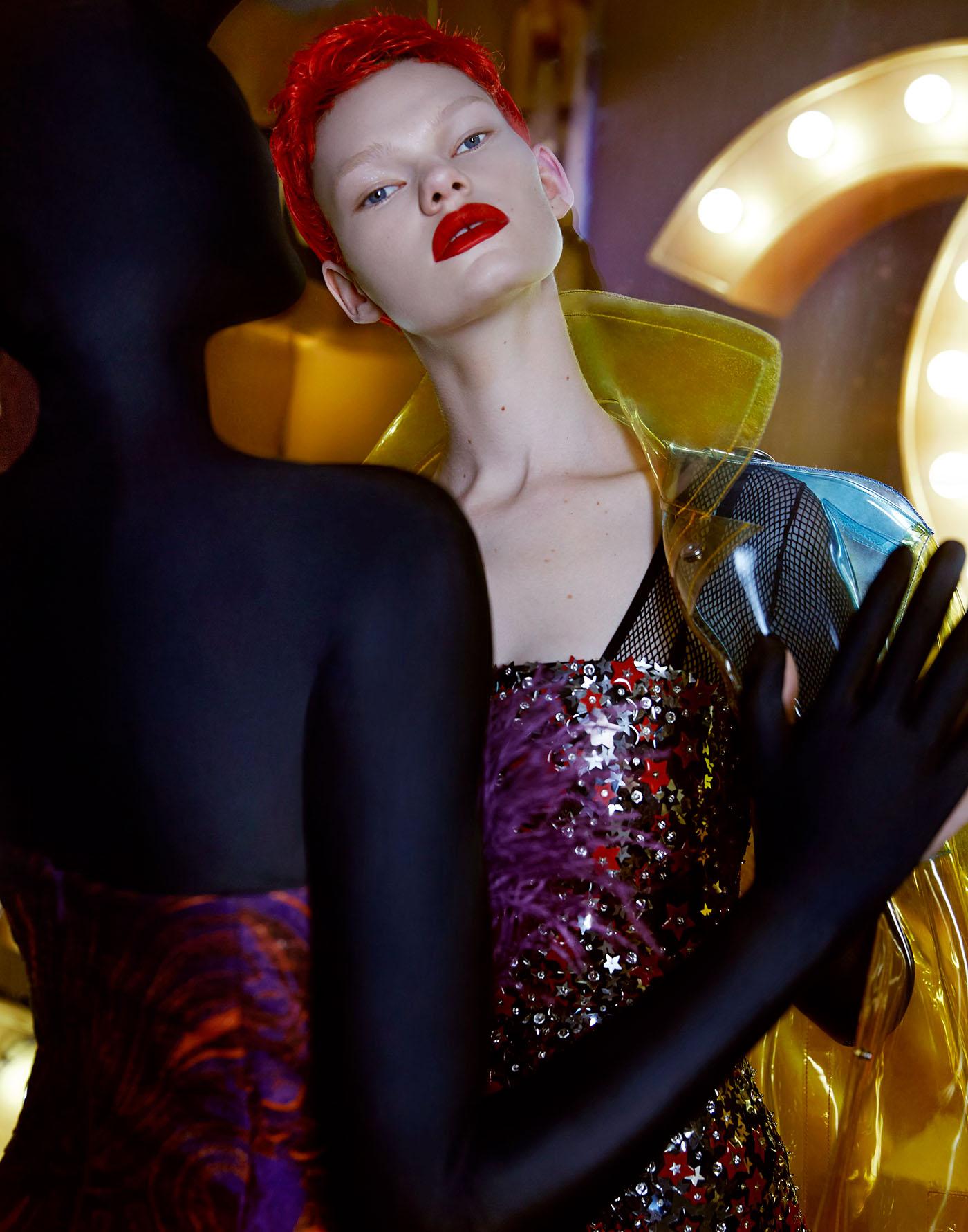 Kelly Mittendorf Consumerism для Bazaar China / фото TGIMAGE STUDIO
