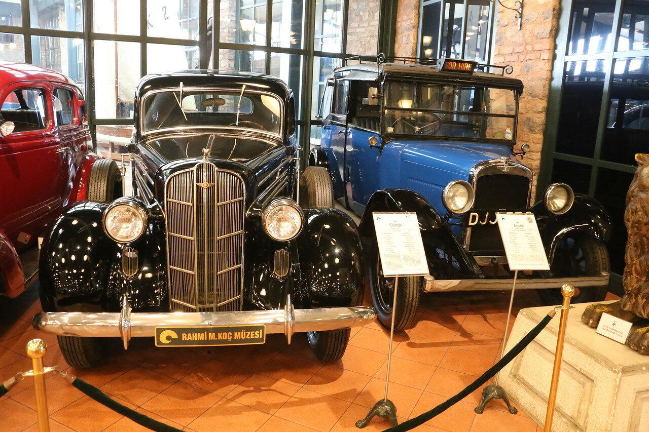 Стамбул. Музей Рахими Коча. Dodge Sedan 1936 и Austin 12-4 Taxi