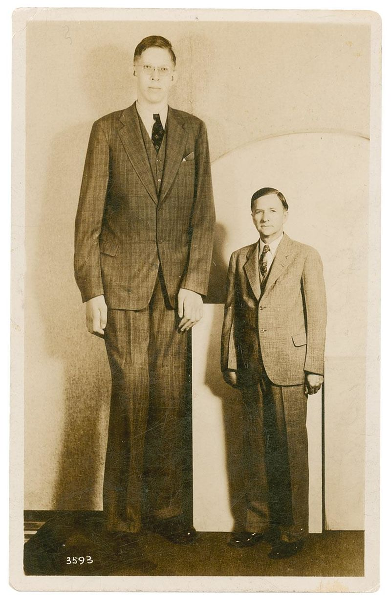 Самый высокий человек в истории медицинских наблюдений. Роберт Першинг Уодлоу до сих пор остается са