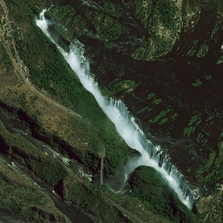 Водопад Виктория на реке Замбези в Южной Африке.