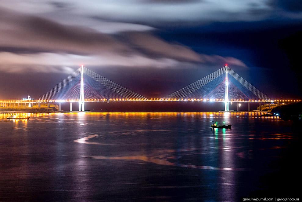23. Эксперты называют Русский одним из самых сложных мостовых объектов в России и мире. В опр