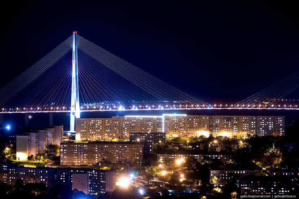 25. Сопка Комарова.  Одна из самых популярных вершин (321 метр), с которой открываются р