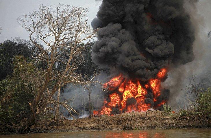 Нигерия является 8-м крупнейшим в мире производителем сырой нефти, при этом оставаясь одной и