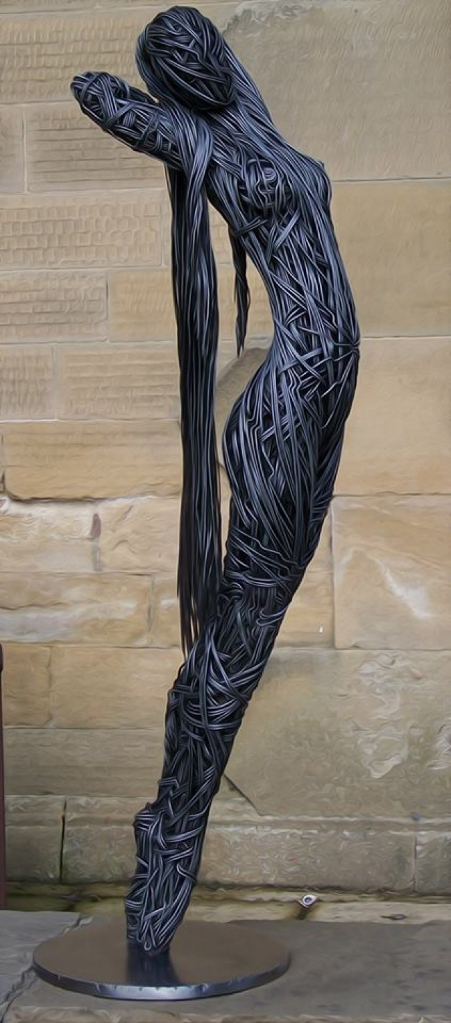 © Wire Sculpture by Richard Stainthorp / facebook.com      Британец Ричард Стейнторп ( Ric