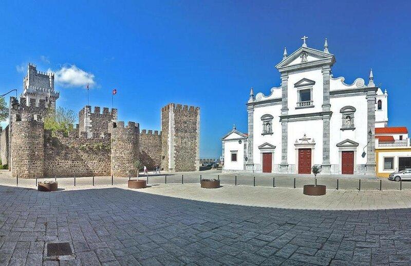 кафедральный собор и крепость.jpg