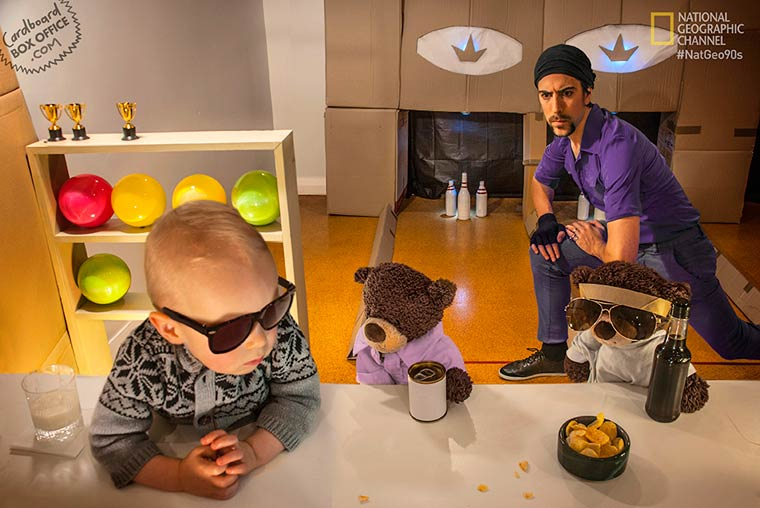 Creative parents and their baby recreate cult movies with everyday objects