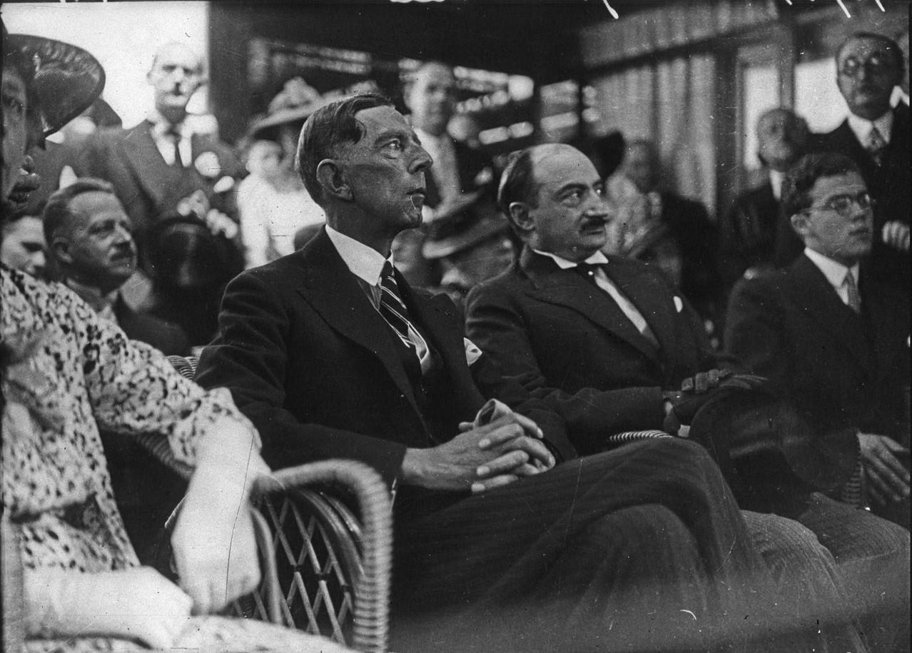 Церемония открытия шведского павильона. Шведский принц Уильям, герцог Судермании (06 июня 1937)
