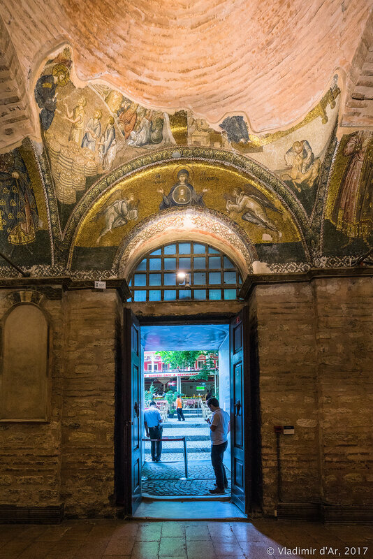 Богоматерь Воплощение. Мозаики и фрески монастыря Хора.