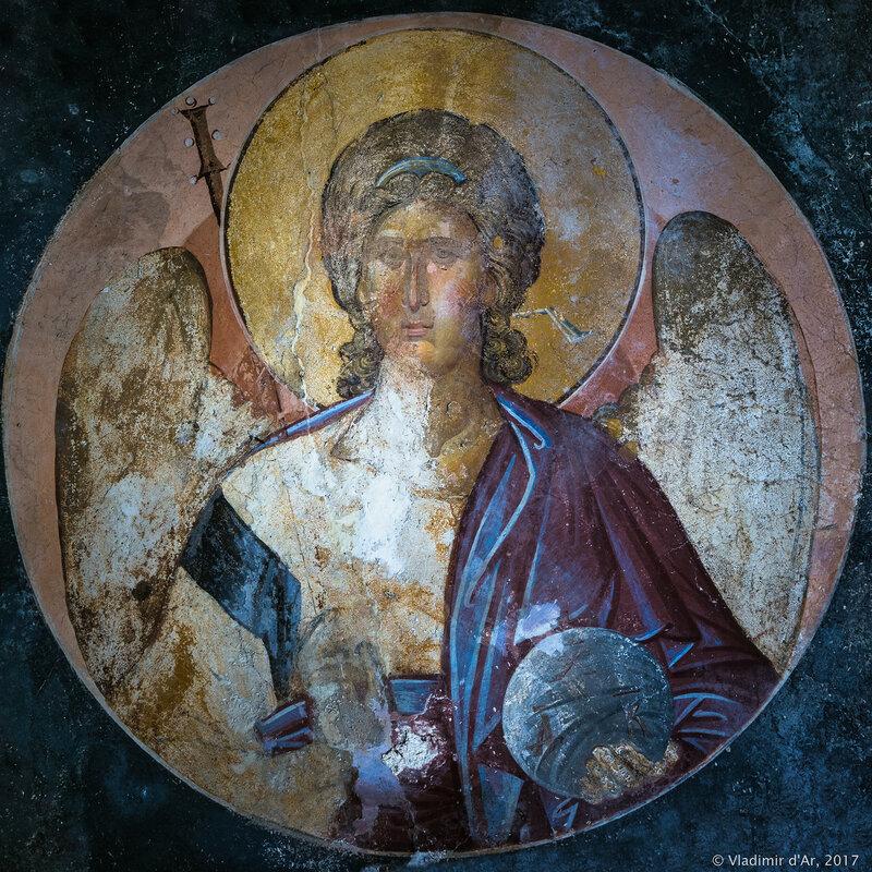 Страшный Суд. Архангел. Мозаики и фрески монастыря Хора. Церковь Христа Спасителя в Полях.