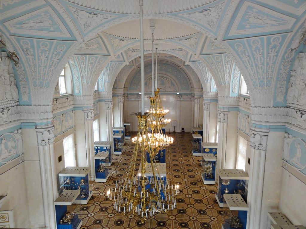 сообщения звонки александровский дворец залы фото отметил