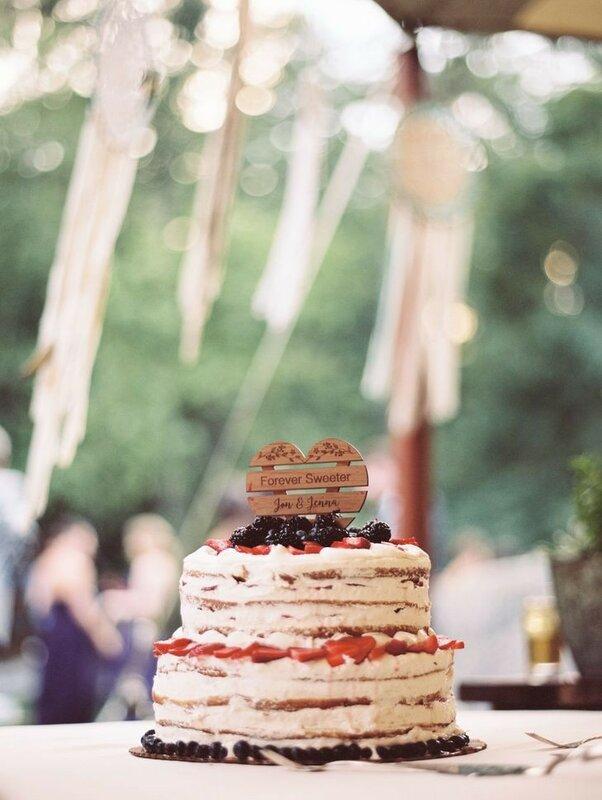 0 17833a a13866cd XL - Аппетитные свадебные торты сезона 2017