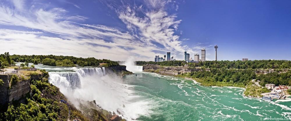 Вид на Канаду с Ниагары.