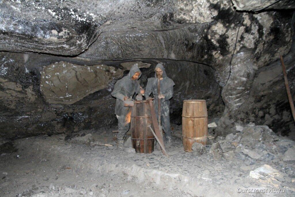 Соляные шахте Величка