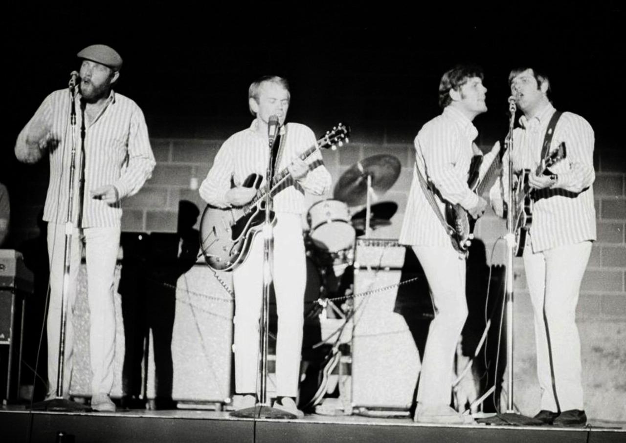 «The Beach Boys» на сцене