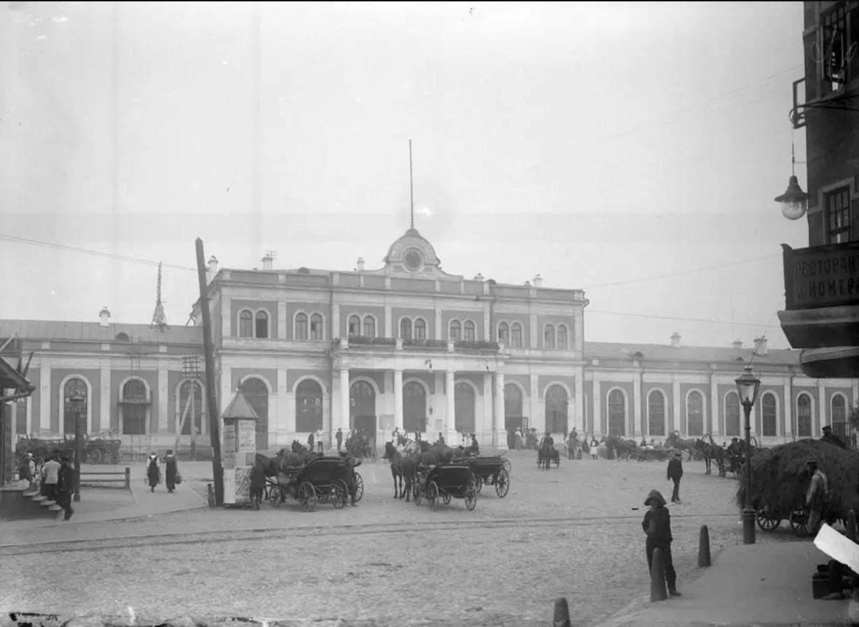 Площадь Московского вокзала. 1913