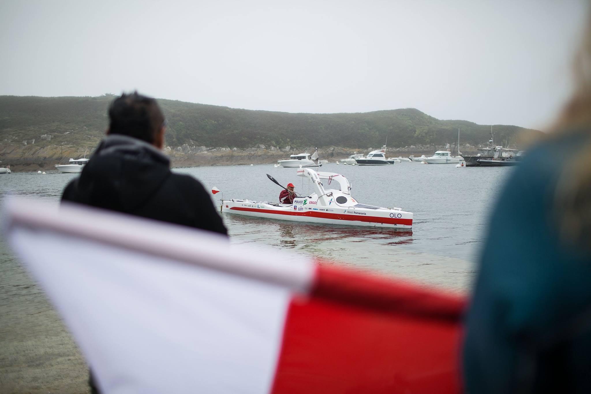 Суши весла: польский пенсионер пересек Атлантику на байдарке, проплыв более 100 дней (11 фото)