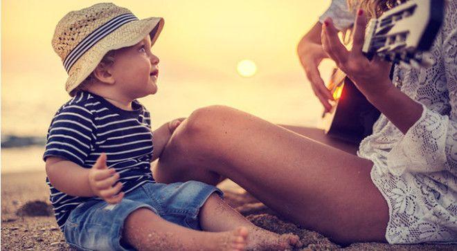 4. Петь вместе с ребенком – лучший способ наладить контакт      Дети люб